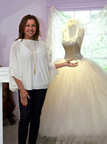 Vanessa Williams puts her wedding dress on display in Chappaqua