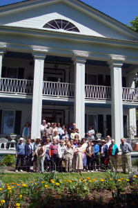 Society members and friends visited Seguine House on Staten Island.